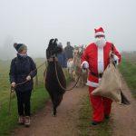 Wir begleiten den Nikolaus zum Weihnachtsmarkt